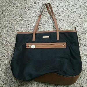 3417849712b9 Michael Kors · Michael Kors Large Kempton Tote Handbag